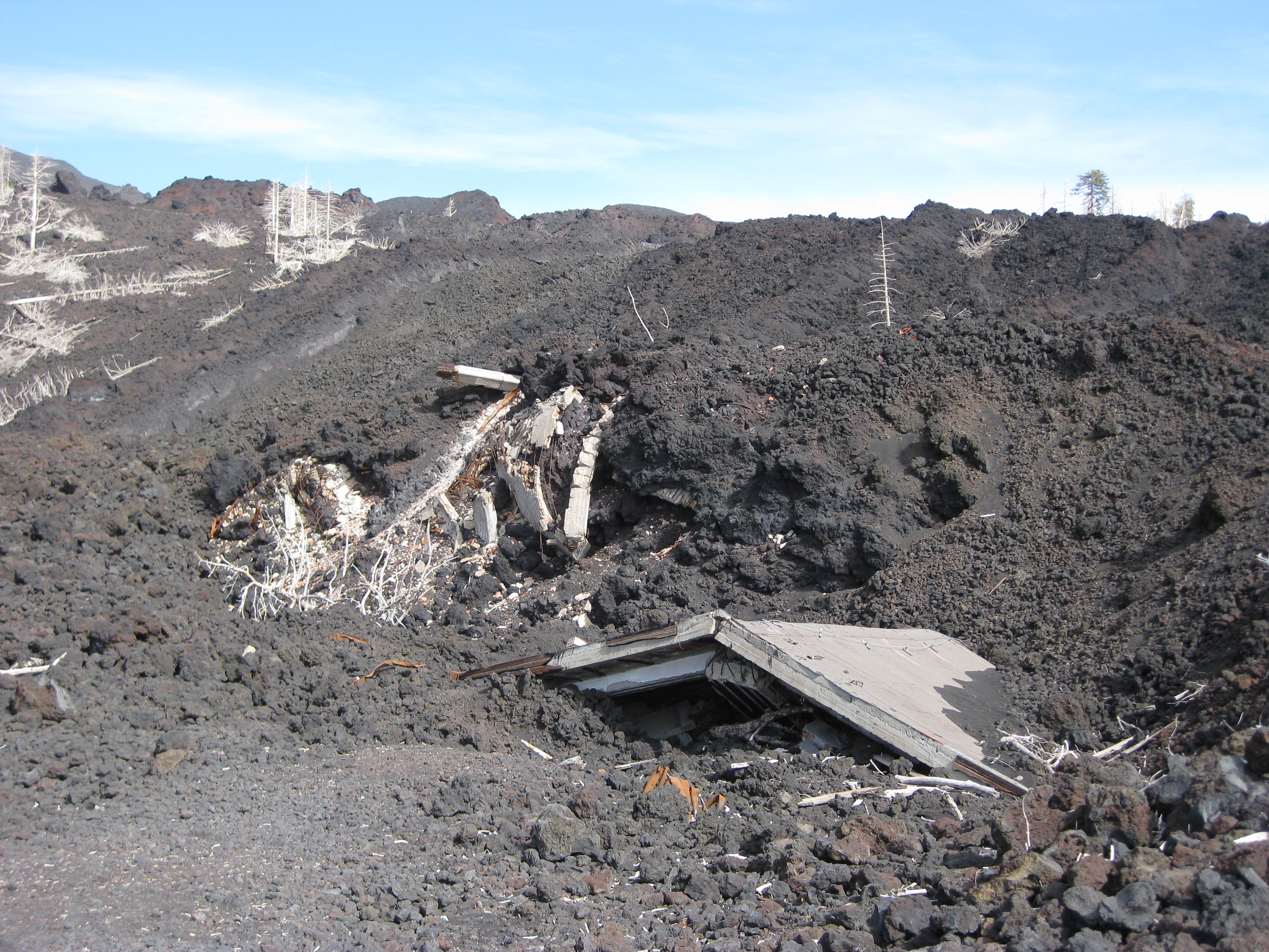 The idiot didn t buy this house destroyed by the 2002 eruption